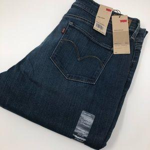 Levi's Demi Curve Classic Straight Jeans